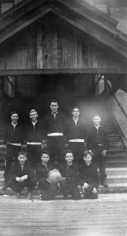 The 1948 Bovill High School Basketball Team
