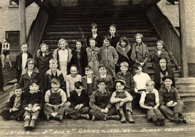 item thumbnail for 1933 Class of Bovill 3rd and 4th Grade Students