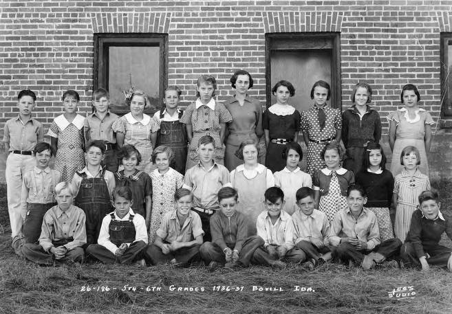 item thumbnail for 1936 Class of Bovill 5th and 6th Grade Students
