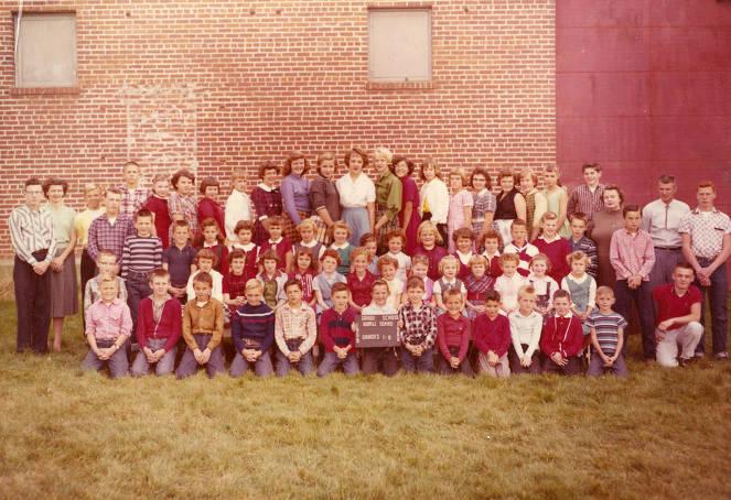 item thumbnail for 1959 Bovill Grade School Students