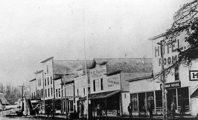 item thumbnail for People on Main Street before the 1914 Fire