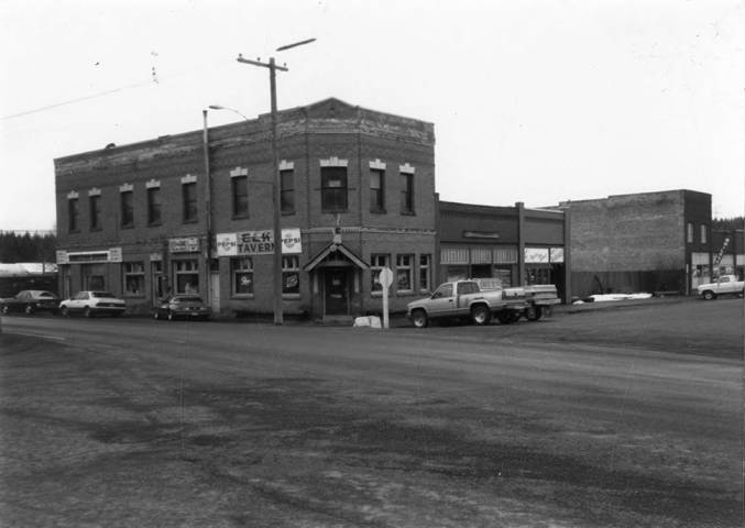 Cars parked Outside the First State Bank
