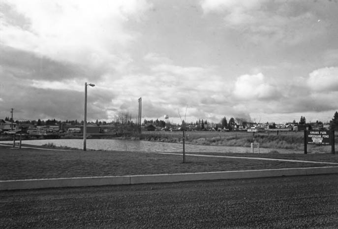 item thumbnail for Looking west at the Old Sandpit, now Hordemann Pond