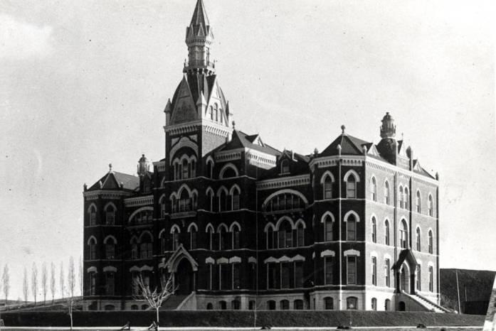 item thumbnail for University of Idaho Administration Building [08]