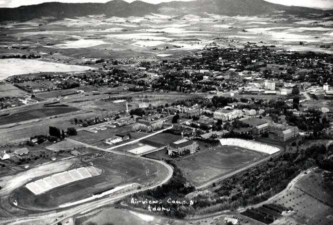 item thumbnail for Aerial of Moscow looking northeast at University of Idaho campus and Moscow Mountain