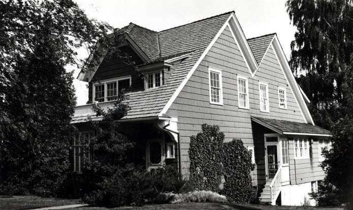 "item thumbnail for Kaufmann house at 410 East ""B"" Street"