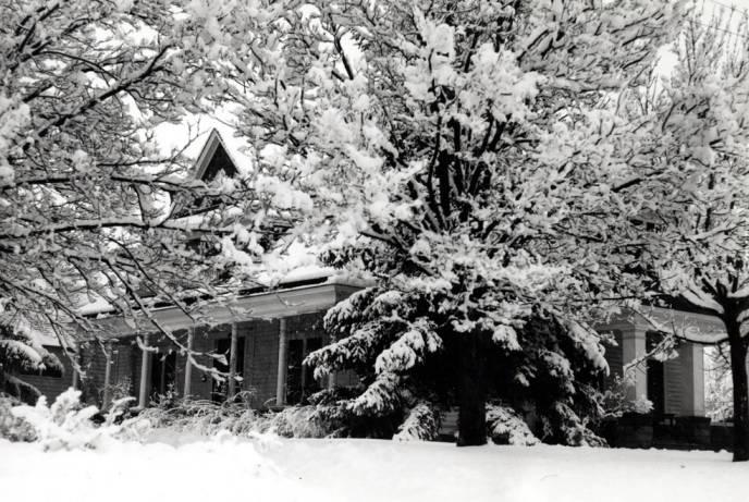 item thumbnail for Simpson house, circa 1930