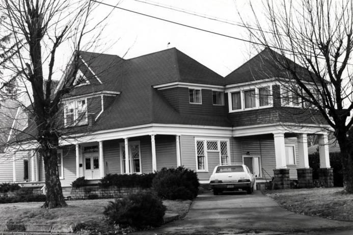 item thumbnail for Simpson house