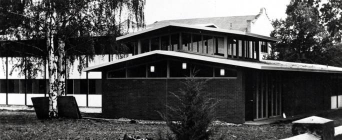 item thumbnail for Ursuline convent under construction