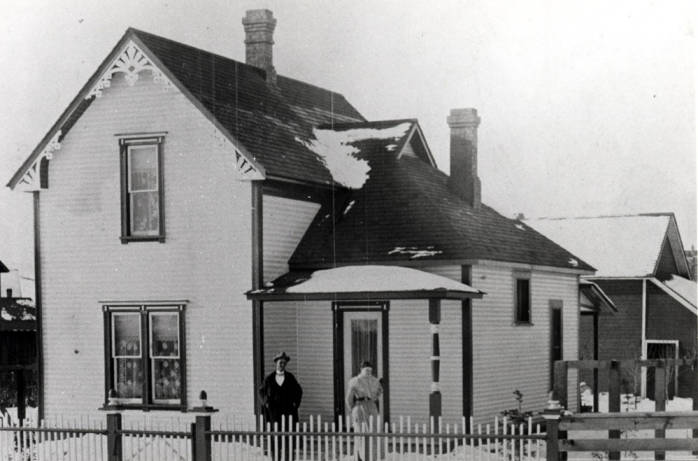 item thumbnail for Simmons house at 817 South Jefferson Street