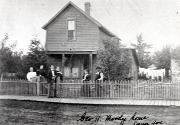 item thumbnail for Moody house at 722 South Lynn Street