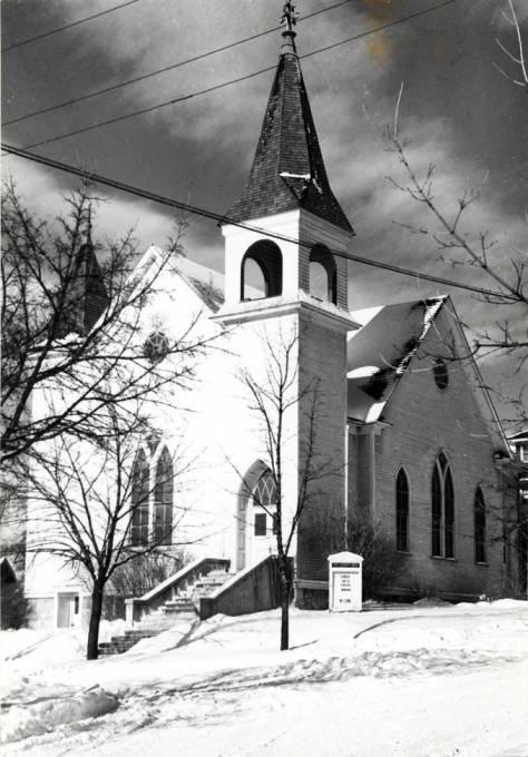 item thumbnail for Swedish Lutheran Church at 420 E 2nd St