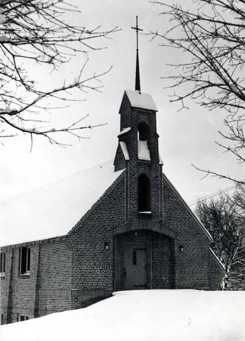 item thumbnail for St. Marks Episcopalian Church, circa 1940