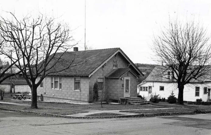 item thumbnail for German Lutheran Church at SW Spotswood & Harrison St [01]