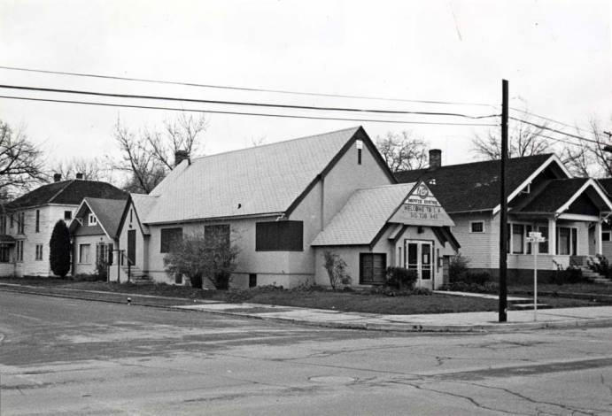 item thumbnail for Adventist Church on NE 3rd & Almon St