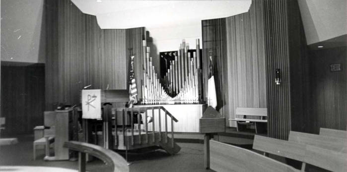 item thumbnail for Emmanuel Lutheran Church, showing seating arrangement