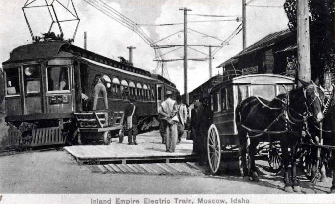 item thumbnail for Train at NE A and Almon Street