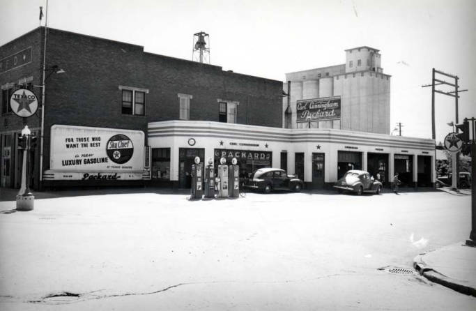 item thumbnail for Packard service station at SW 6th and Main Street