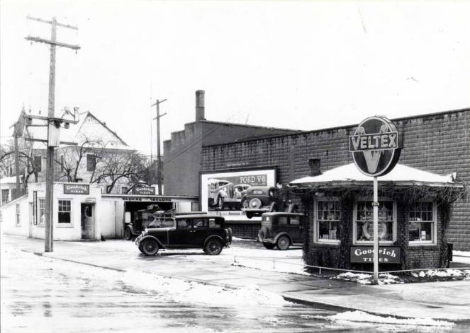 item thumbnail for Veltex service station at SE 5th and Main Street [02]