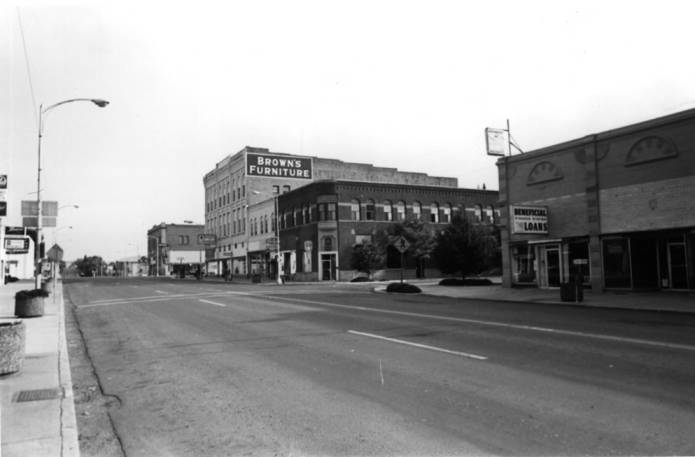 item thumbnail for Looking north at Main Street with Second Street in the foreground