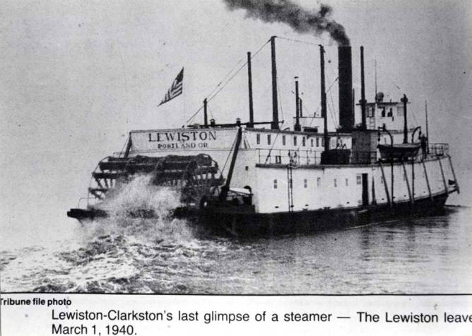 item thumbnail for Steamboat Lewiston leaves on final voyage