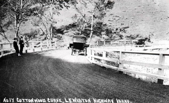 item thumbnail for Lewiston Highway, showing Cottonwood Curve