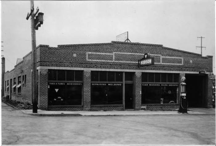 item thumbnail for Neely and Sons Garage, exterior