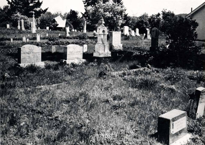 item thumbnail for Moscow Cemetery, circa 1965