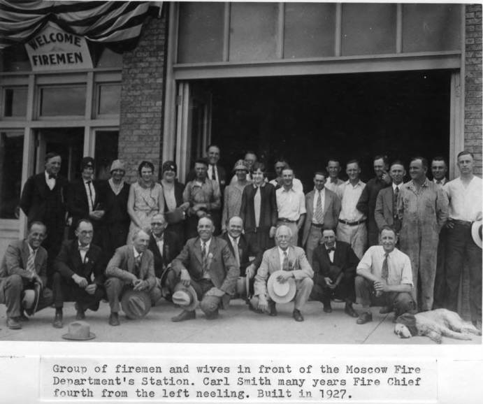 item thumbnail for Moscow Fire Department firemen and wives in front of station