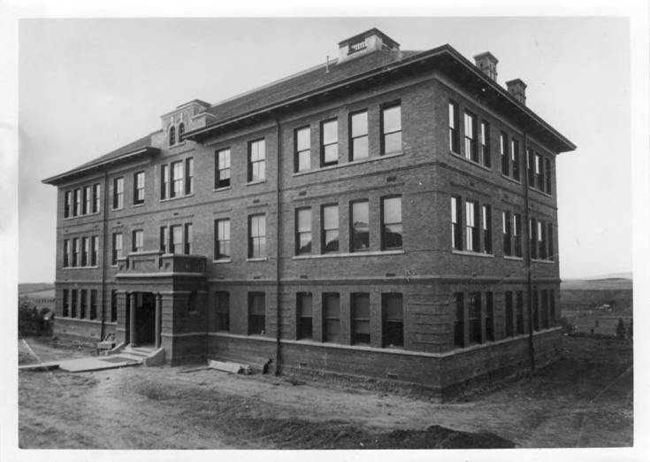 item thumbnail for Morrill Hall at University of Idaho in Moscow [02]