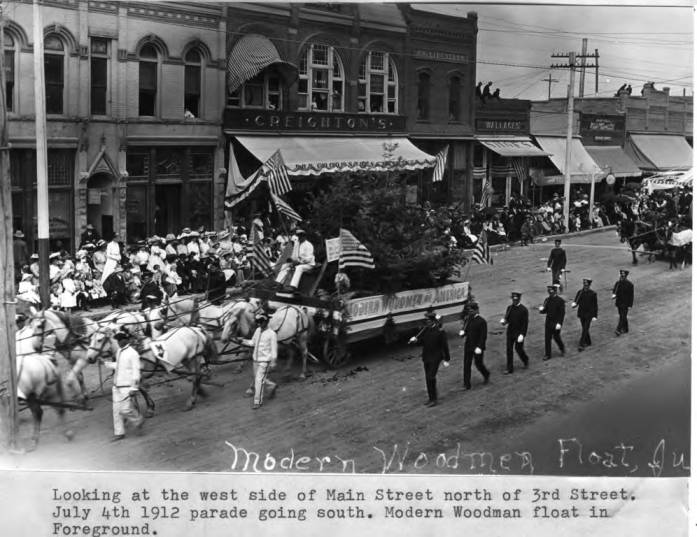 item thumbnail for Looking at the west side of Main Street north of Third Street [01]