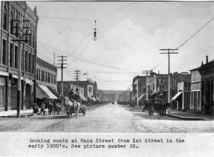 item thumbnail for Looking south at Main Street from First Street in the early 1900's