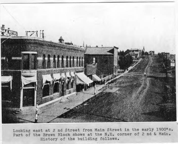 item thumbnail for Looking east at Second Street from Main Street in Moscow in the early 1900's