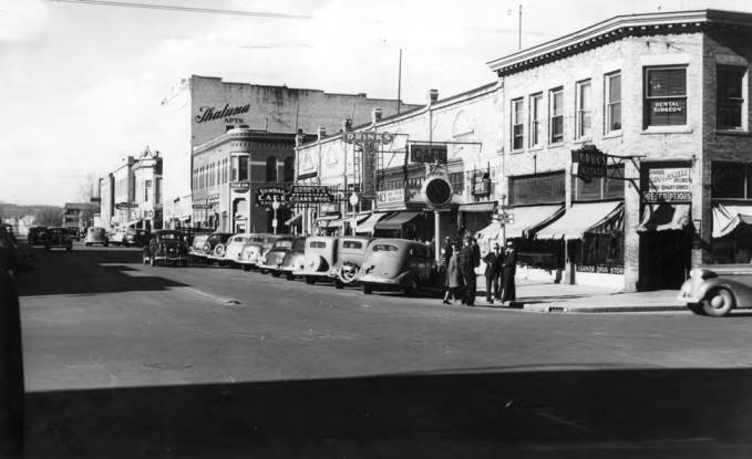 item thumbnail for Looking north at the east side of Main Street from Third Street [01]