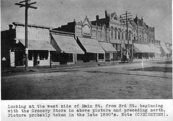 item thumbnail for Looking at the west side of Main Street from Third Street