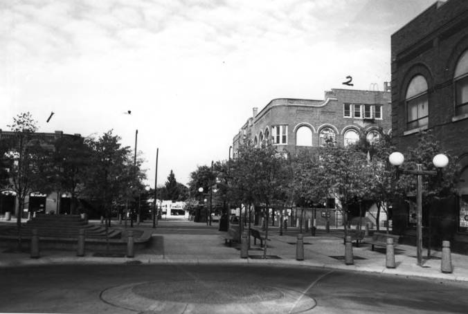item thumbnail for Looking west from Fourth Street across Main Street