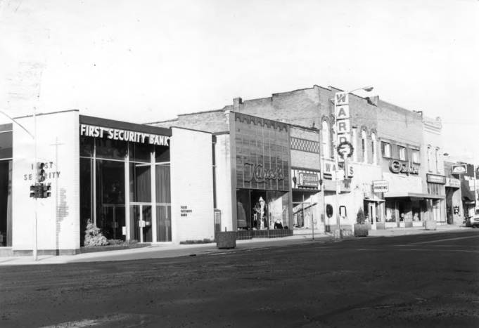 item thumbnail for Looking northwest at the west side of Main Street from Third Street, circa 1974