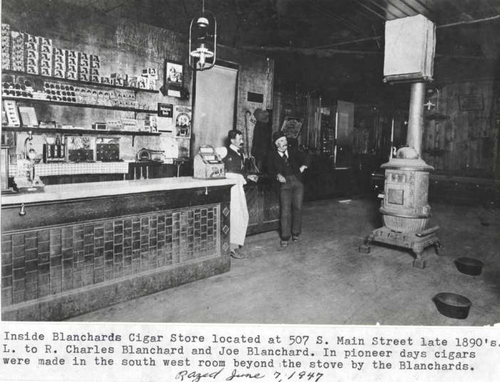 item thumbnail for Blanchard's Cigar Store in Moscow [01]