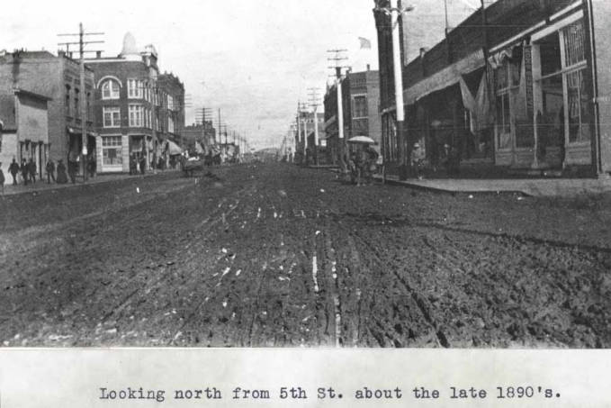 item thumbnail for Looking north from fifth Street about the late 1890s