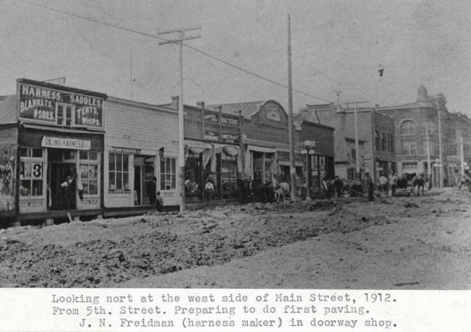 item thumbnail for Looking north at the west side of Main Street, 1912