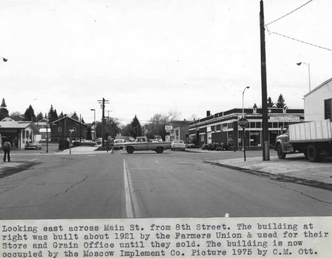 item thumbnail for Looking east across Main Street from Eighth Street, about 1975