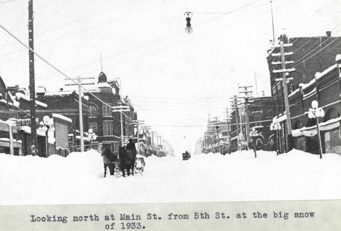 item thumbnail for Looking north at Main Street during the big snow of 1933