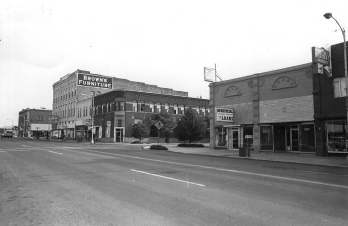 item thumbnail for Looking north at the east side of Main Street from the middle of the block between Second and Third streets