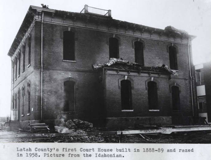 item thumbnail for Latah County Courthouse, built in 1888, razed in 1958