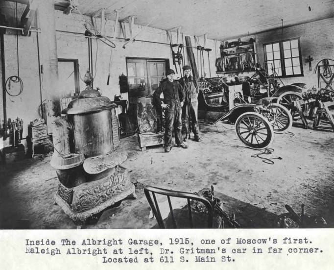 item thumbnail for Inside the Albright Garage at 611 South Main St, circa 1915