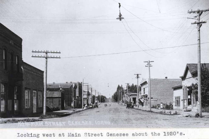 item thumbnail for Looking west at Main Street in Genesee [01]