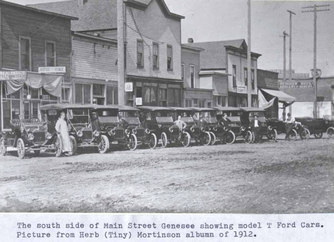 item thumbnail for South side of Main Street in Genesee