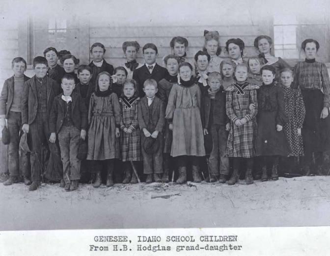 item thumbnail for School children in Genesee [01]