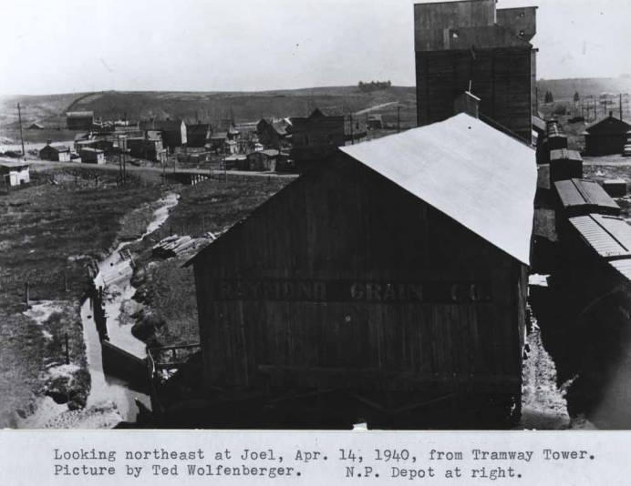 item thumbnail for Looking northeast at Joel, circa 1940 [01]