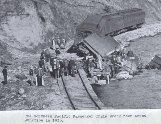 item thumbnail for Train wreck near Arrow Junction